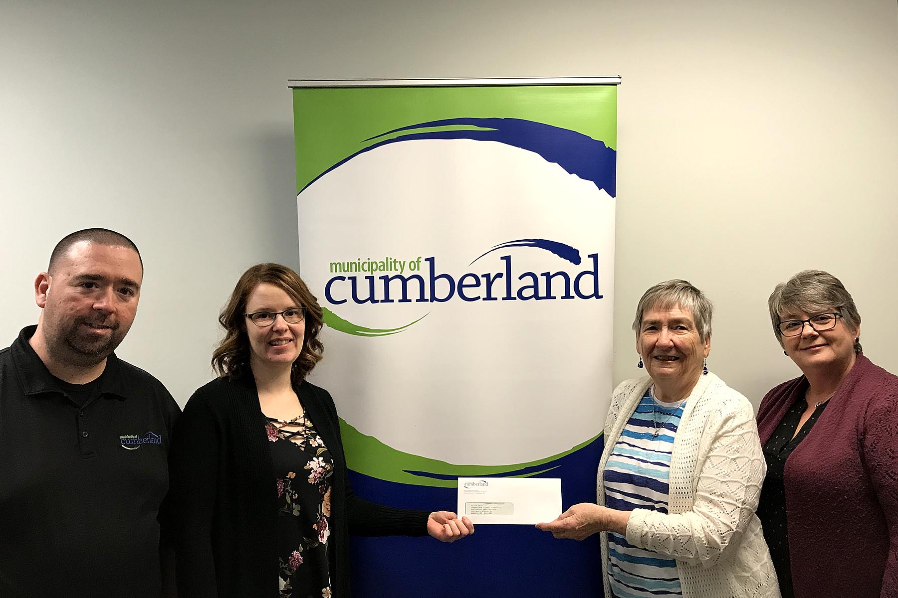 Cumberland County Hospice MCC staff donation